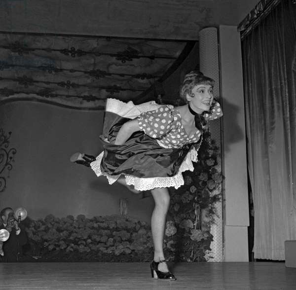 Gala of the Paris Lions Club at the Moulin Rouge, May 15, 1954 : French dancer Yvette Chauvire as La Goulue (b/w photo)
