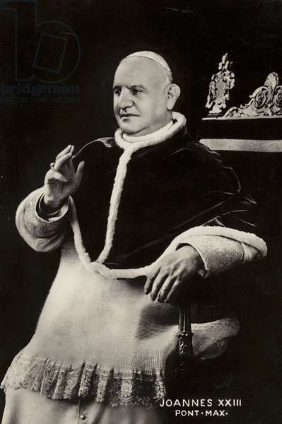 Pope John XXIII (b/w photo)