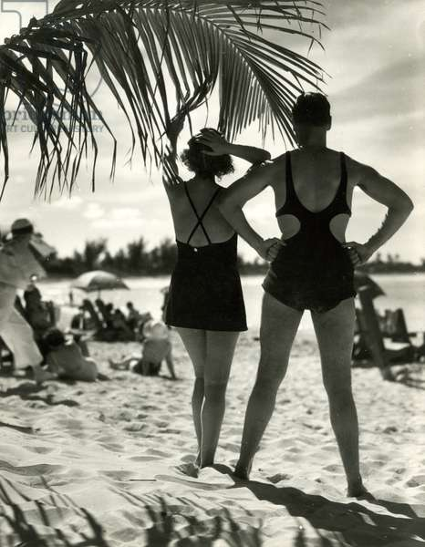 Sunbathing, Bermuda, 1932, USA, 1932 (gelatin silver photo)