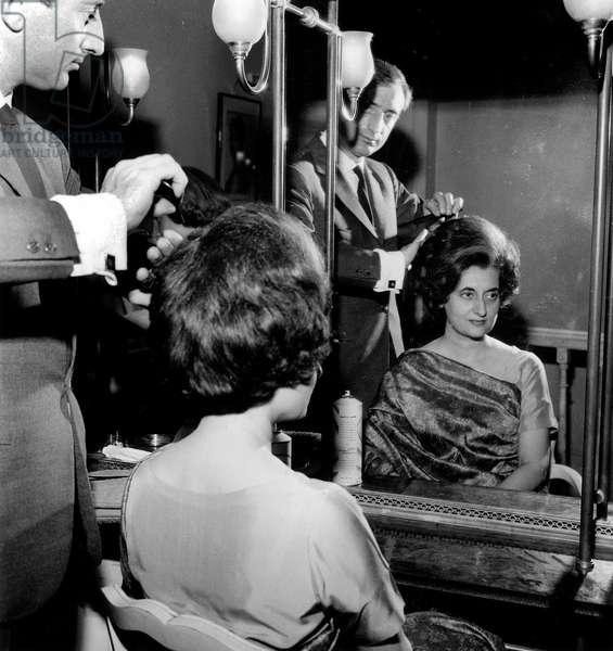 Indira Gandhi at Desfosse Hairdresser'S Shop in Paris September 21, 1962 (b/w photo)