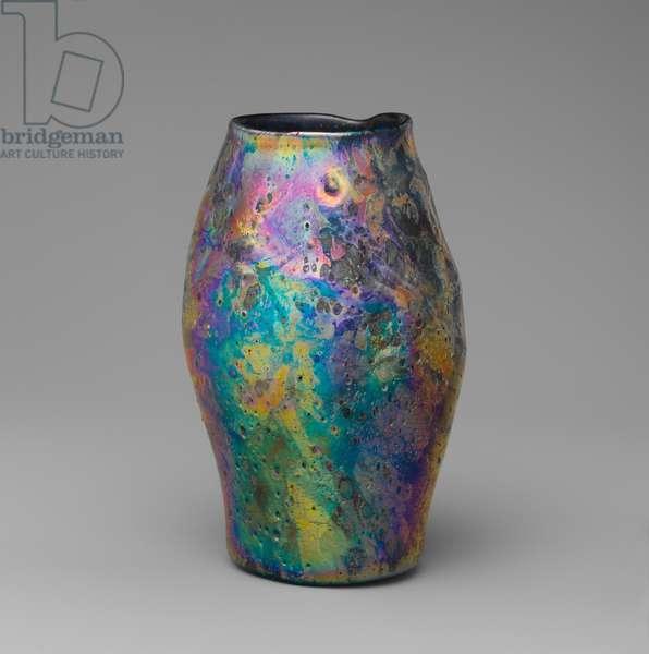 Vase, 1912 (favrile glass)