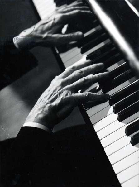 Arthur Rubinstein 's hands
