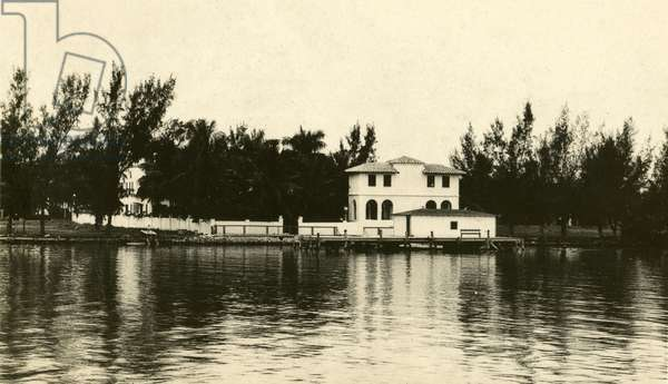 Al Capone''s home on Palm Island, Miami Beach, c.1928 (b/w photo)