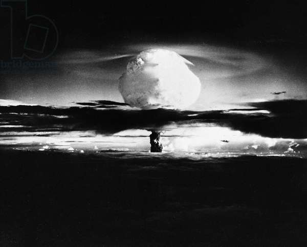 ATOMIC BOMB TEST, 1952 Mushroom cloud formation following the detonation of the first thermonuclear or 'hydrogen' device at Enewetak atoll, Marshall Islands, in the Pacific Ocean, 1952.