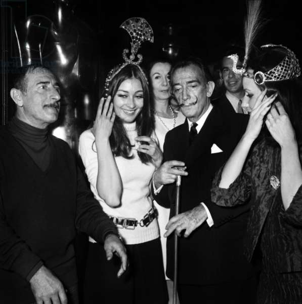 Achille Zavatta and Salvador Dali at opening of Club Bilboquet in Paris, 29 March 1967 (photo)