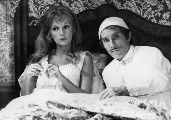 Sky De Bed, Piece De Theatre By Jan De Hartog With Caroline Cellier, Jean Poiret 1974 (b/w photo)