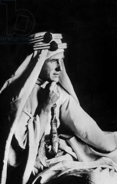 T. E. Lawrence (b/w photo)