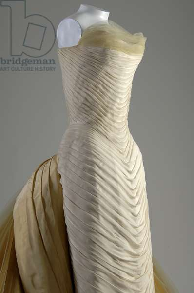 Evening dress, Butterfly, 1954 (front oblique partial view), Silk chiffon, silk faille, DuPont nylon tule, Charles James, U.S.A.