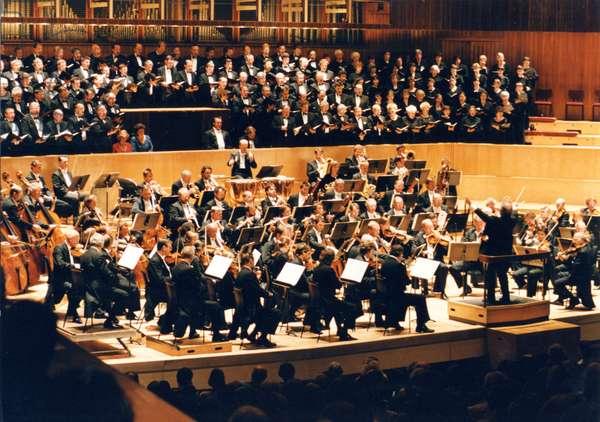Daniel Barenboim conducting the