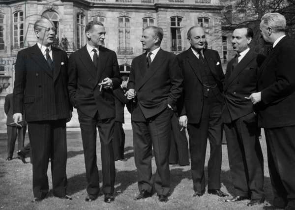 At The Park of The Offices of The French Prime Minister in Paris, L-R Harold Macmillan (English Prime Minister), Maurice Couve De Murville (French Minister of Foreigns Affairs),Selwyn Lloyd (English Minister of Foreigns Affairs), Gladwyn Jebb (English Anbassador To France), Michel Debre (French Prime Minister) Et Louis Joxe ( General Secretary of French Foreign Office), March 9, 1959  (b/w photo)