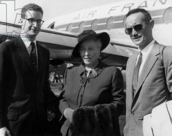 Tad Danielewski Pearl Buck And Edgar His Adoptive Son At Orly Airport September 1959 (b/w photo)