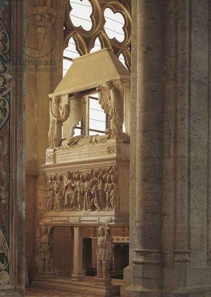 Tomb of Ludovico Aldomorisco, 1421, bas-relief by Antonio Baboccio (1351- ca 1435), Basilica of San Lorenzo Maggiore, Naples, Campania, Italy, 15th century