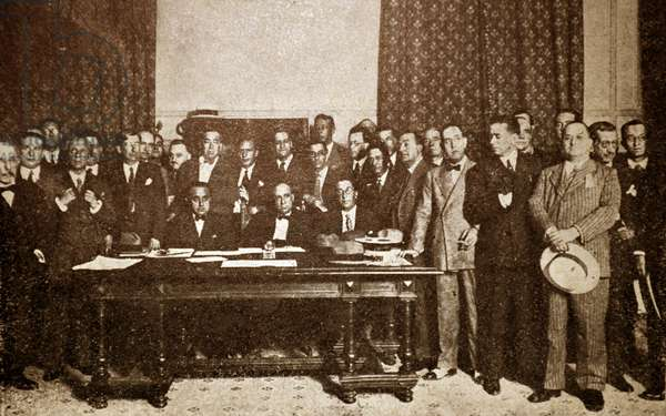 Spanish civil war: The radical - socialist minority