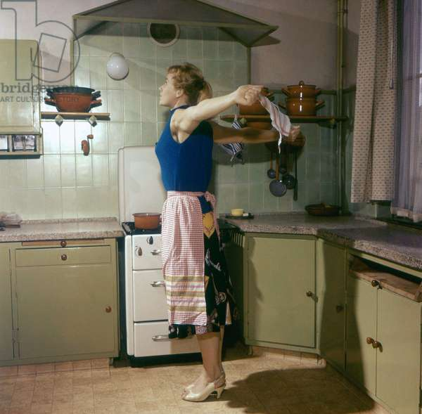 Housewife Gymnastics
