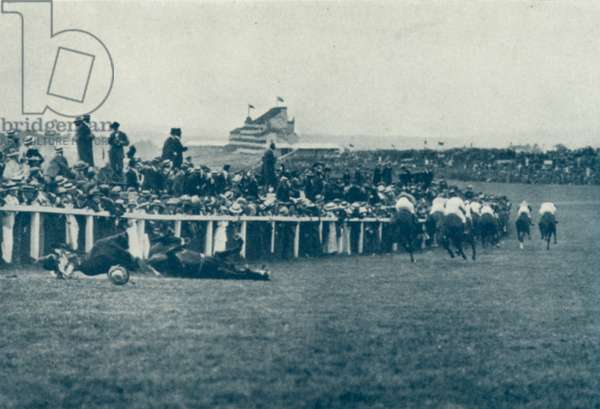 Suffragette incident at The Derby (b/w photo)