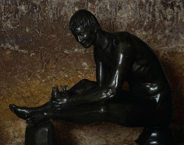 Tobias, 1934, by Arturo Martini (1889-1947), bronze sculpture, 124x156x68 cm. Italy, 20th century.