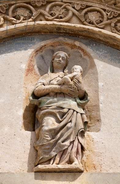 Statue of the Madonna della Bruna, on the façade of Matera Cathedral (stone)