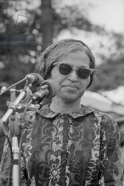 Rosa Parks speaking at a rally held as part of the Poor People's Campaign, 1968 (photo)