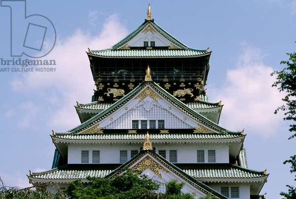 Detail of roof of Osaka Castle, Kansai, Osaka, 16th century, Japan