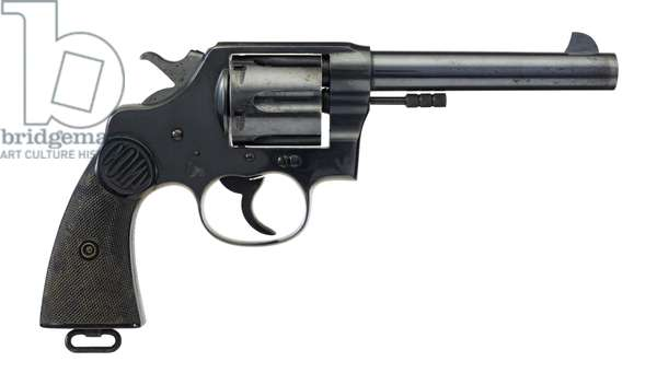 Six shot military revolver, 1940 (photo)