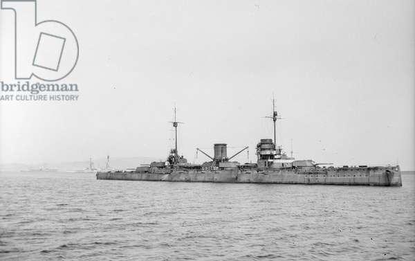 Moltke 65' (1910) German battlecruiser at anchor at Scapa Flow
