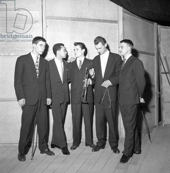 Chet Baker posing (b/w photo)