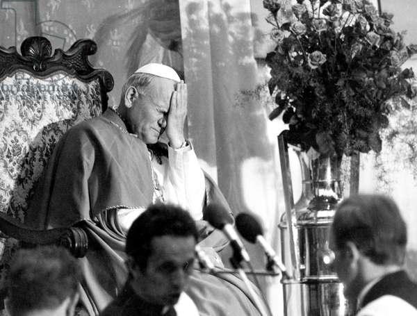 Pope John Paul Ii (Karol Wojtyla), here in Poland in June 1979 (b/w photo)