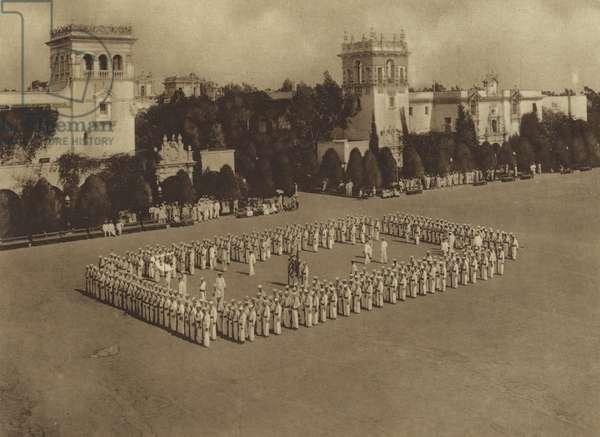America in World War I: A regimental square (b/w photo)
