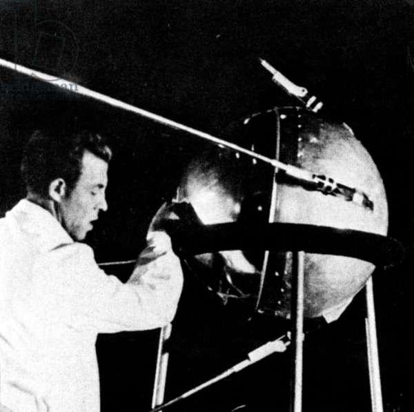 The Sputnik 1 (PS-1) satellite