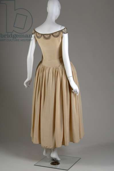 Robe de Style, 1927 (back oblique view), Silk moiré, glass beads, pearls, metallic thread, Jeanne Lanvin, France
