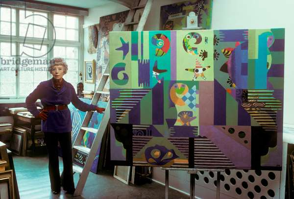 Eileen Agar, in her studio, 1977 (photo)
