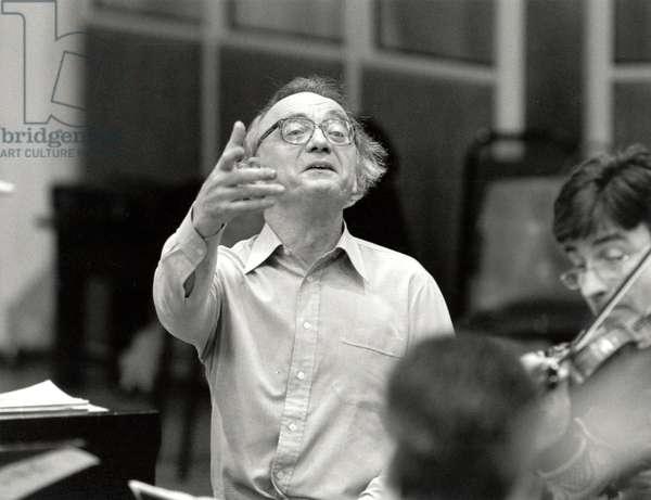 Alfred Brendel conducting 1996