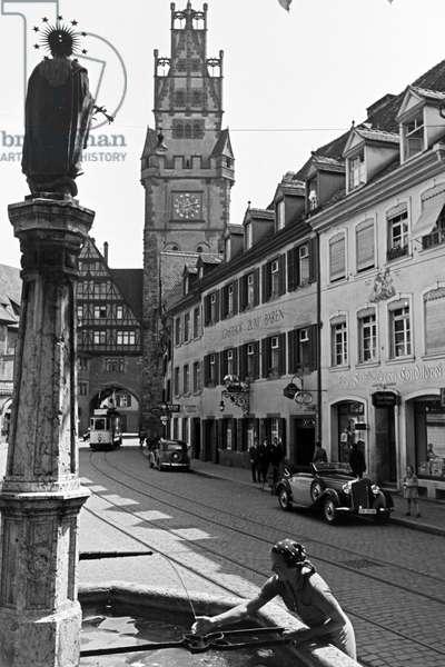The Schwabentor, one of the landmarks of the town Freiburg im Breisgau in Baden, Germany 1930s (b/w photo)