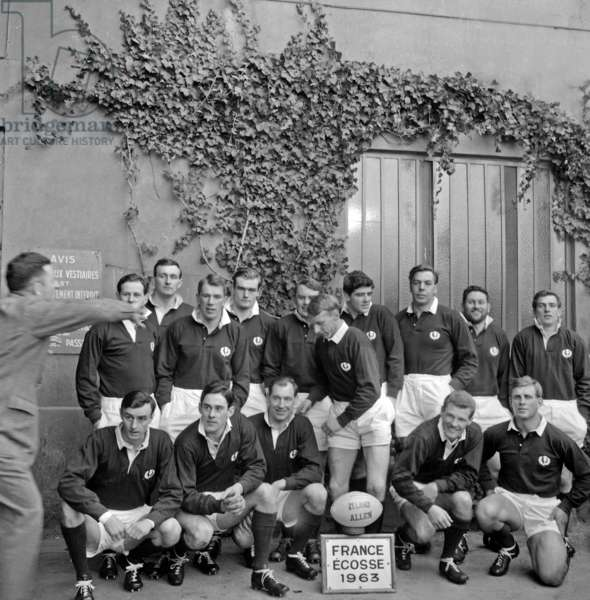 Rugby : Five Nations Tournament : Team of Scotland in Colombes (France) January 12, 1963 (b/w photo)