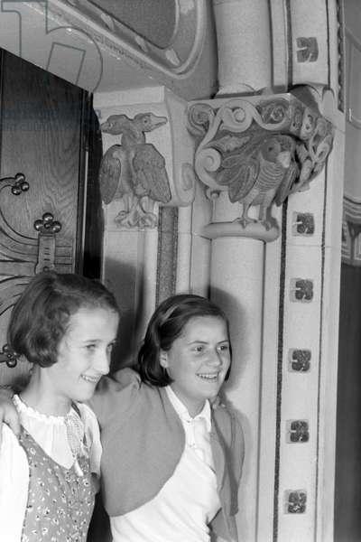 Visitation of the Krupp-School in Berndorf, Germany 1930s (b/w photo)