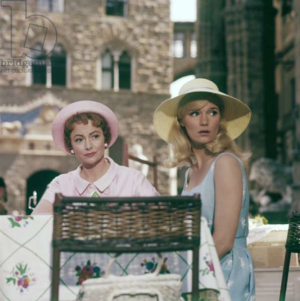 Olivia de Havilland and Yvette Mimieux in Light in the Piazza, Italy, 1961 (photo)