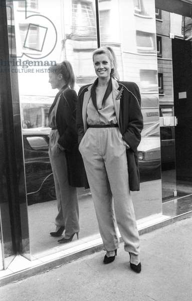 Torrente fashion, Fall/Winter 79/80, Paris, July 17, 1979 : French actress Catherine Alric (b/w photo)
