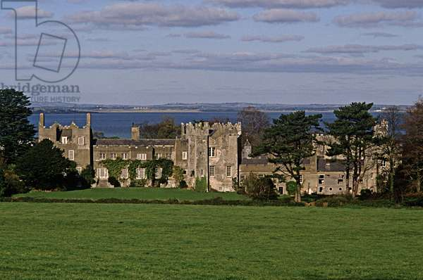 Howth Castle, referred to in James Joyce 'Finnegans Wake', Howth, Dublin (photo)