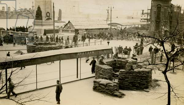British troops dug in, Battle of Shanghai, 1937, Second Sino-Japanese War