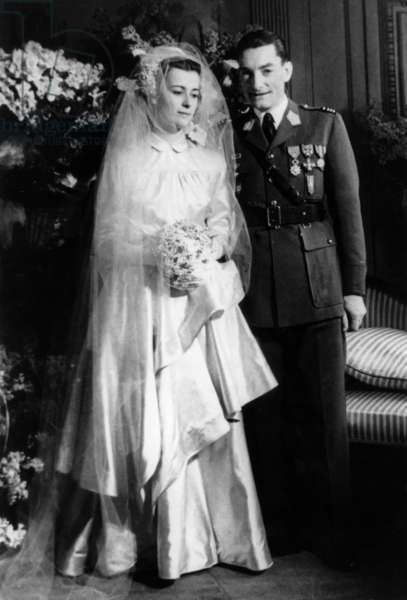 Wedding of Elisabeth De Gaulle (Charlesdegaulle'S Daughter) and Alain De Boissieu on January 12, 1946 in Paris (b/w photo)