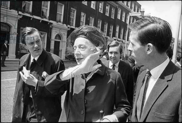 Dame Edith Evans (b/w photo)