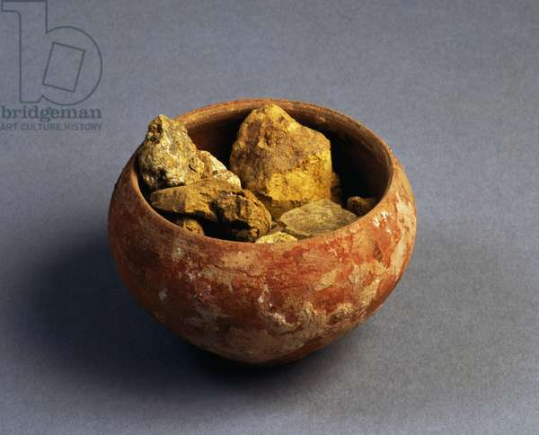 Small clay bowl containing yellow powder for frescoes, artifact uncovered in Pompeii, Campania, Italy, Roman Civilization, 1st century