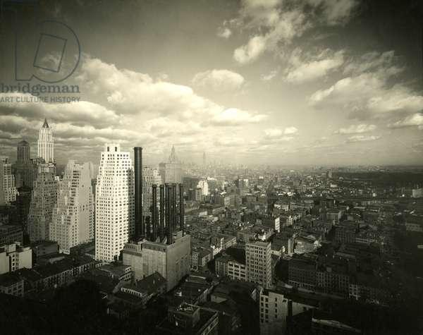 View of Lower Manhattan, looking north, New York, USA, c.1920-38 (gelatin silver photo)