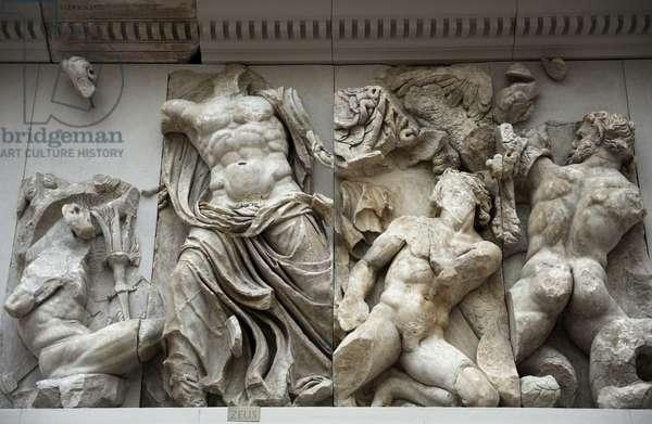 Pergamon Altar. Zeus against Porphyrion (right).