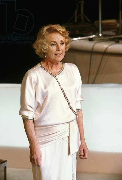 French Actress Danielle Darrieux Received A Cesar Honorific Movie Prize March 02, 1985 (photo)