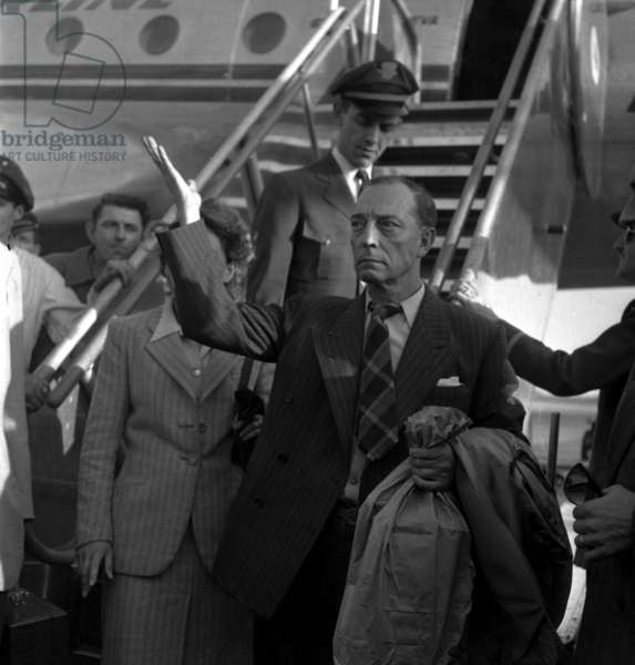 Buster Keaton Arriving in Paris, August 30, 1947 (b/w photo)