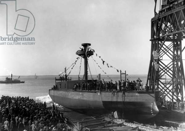 Launch of Arkansas monitor, Hull 26, 1900 (b/w photo)