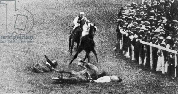 Death of suffragette Emily Davison throwing herself under horse of EdwardVII at Epsom derby on June 4, 1913