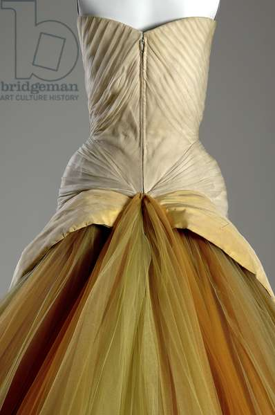 Evening dress, Butterfly, 1954 (partial back view), Silk chiffon, silk faille, DuPont nylon tule, Charles James, U.S.A.