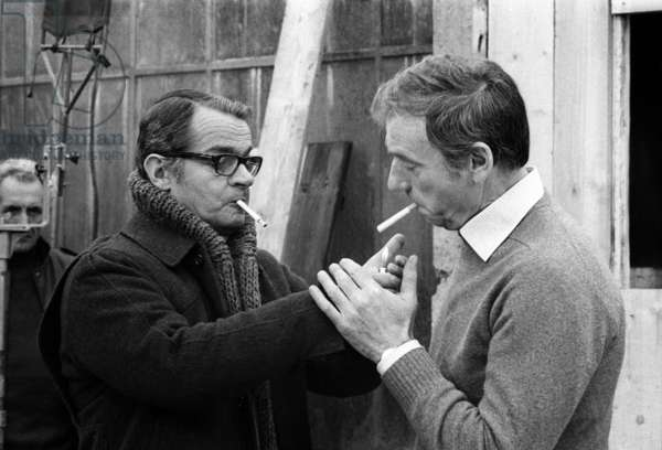Serge Reggiani and Yves Montand on the set of the film